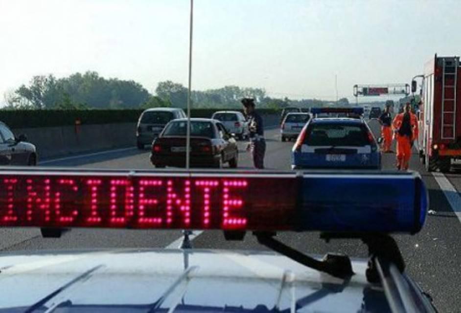 Travolto con la moto daun'auto: tifoso dell'Ancona in gravissime condizioni
