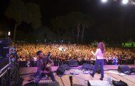 Migliaia di persone a Pineto per il concerto degli