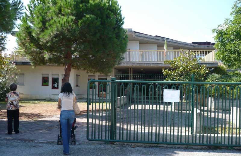 Martinsicuro.Dopo la denuncia, sopralluogo nella scuola primaria di Villa Rosa
