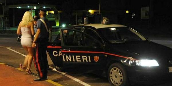 Tenta di violentare una prostituta: fermato dai Carabinieri finisce in carcere