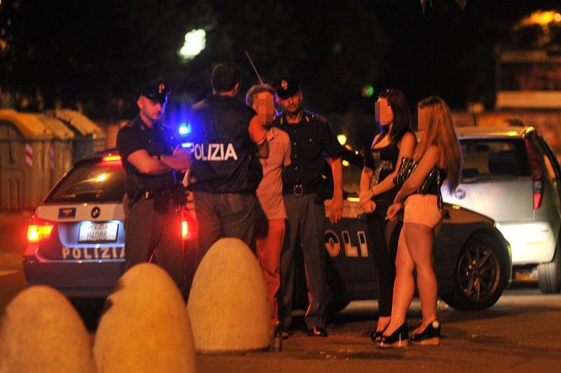 Ora è caccia al violentatore delle prostitute:gli investigatori stringono