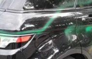 Raid vandalico contro auto in sosta: imbrattate con vernici