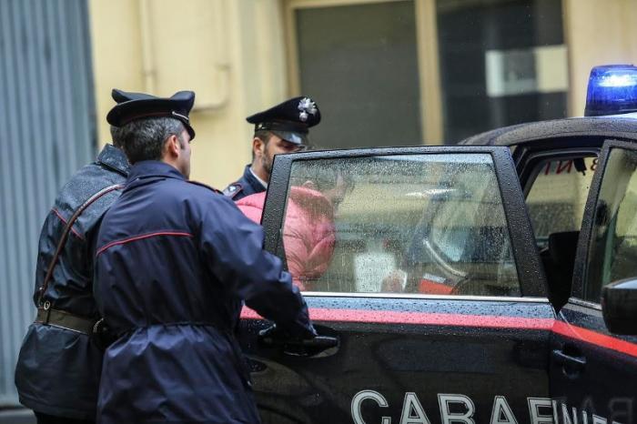 Droga, operazione in corso dei Cc nelle province di Ascoli, Teramo e Napoli. Diversi gli arrestati