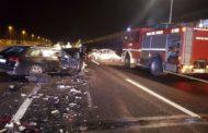 Inferno sulla A14: maxi schianto con 4 auto e un furgone coinvolti