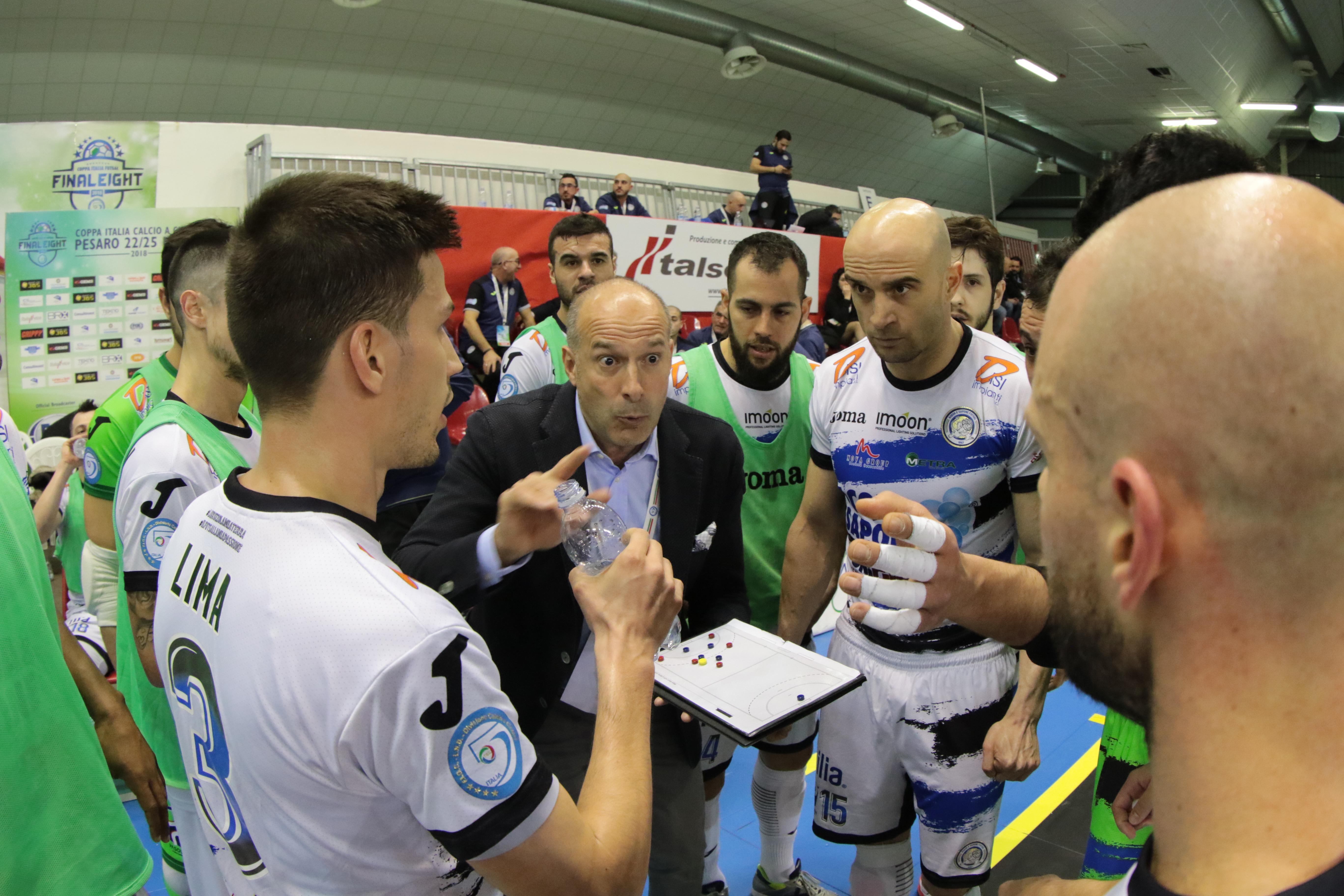 Calcio a 5. Acqua&Sapone.Arriva l'IC Futsal: Perez archivia la Coppa,
