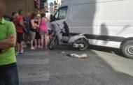 Centauro 17enne travolto da un furgone si incastra sotto un tir: ora è grave