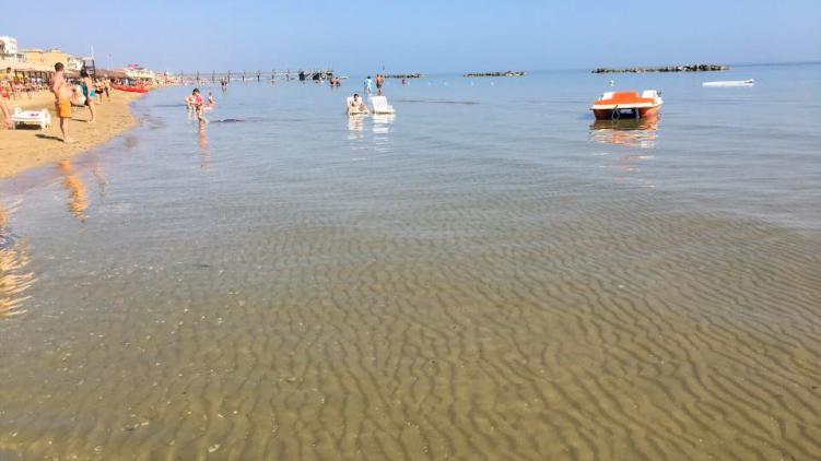 Giulianova. L'ARTA certifica la piena balneabilità delle acque a sud Salinello e nord Tordino