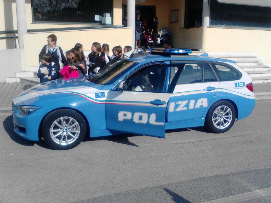 Gita scolastica: il bus non era a norma. La Polizia Stradale fa cambiare il mezzo