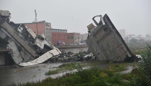 Crollo del ponte di Genova: si aggrava il bilancio delle vittime, ora sono 37 tra cui 5 non identificati