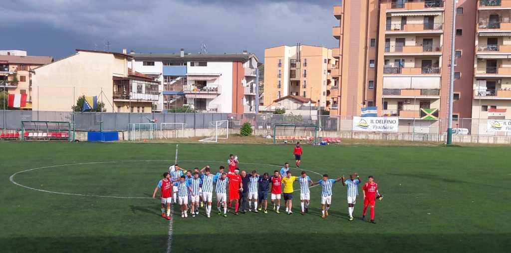 Calcio serie Eccellenza.Esordio con il botto per il Delfino Flacco Porto che vince con il Capistrello 2 a 0.