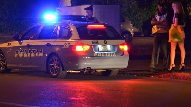 Blitz anti-prostituzione della Polizia: per due clienti una multa da ottocento euro