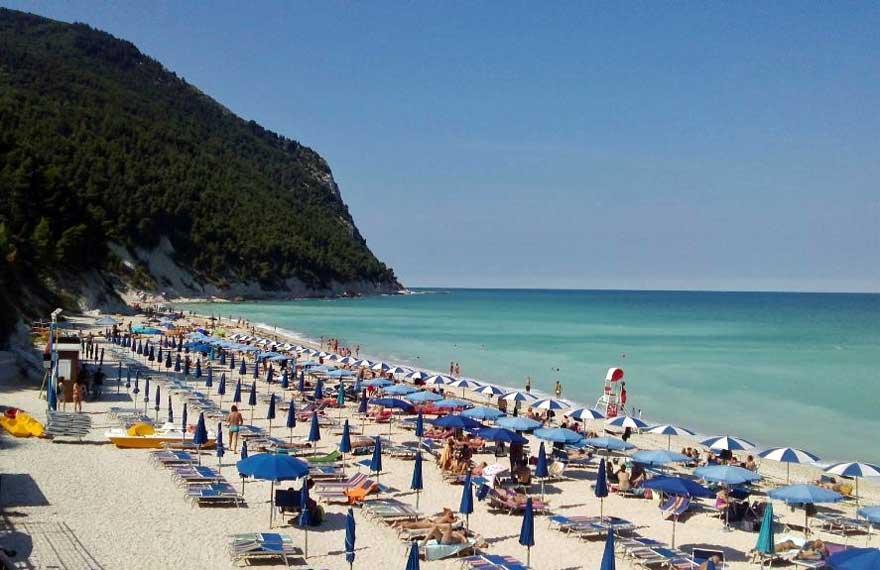 Marche. Stima CNA balneatori: + 15% di turisti sulle spiagge