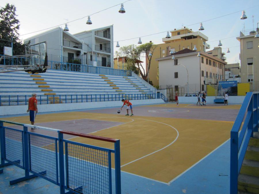 Roseto Basket. Presentazione della squadra nella storica