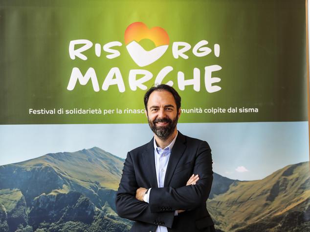 Neri Marcorè proposto per il