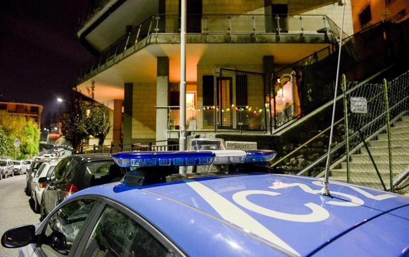 Palazzo assediato da ladri acrobati: in un giorno svaligiati tre appartamenti