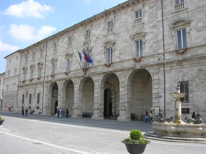 Ascoli Piceno Provincia. Sul bilancio si infiamma il dibattito politico