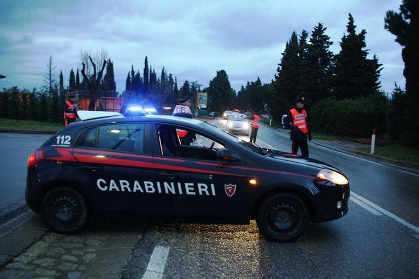 Rogo doloso su due auto: arrestato il responsabile