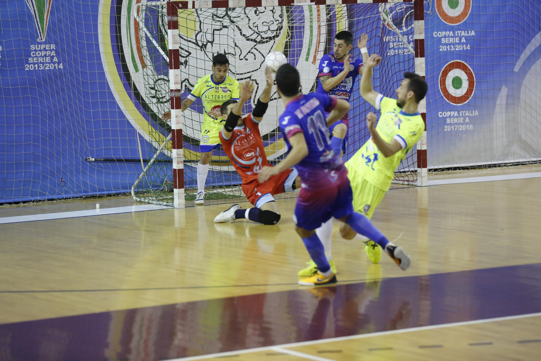 Calcio a 5. Acqua&Sapone.Niente Final Four: la Luparense vine 2 a 1