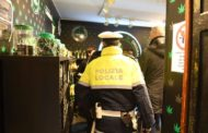 La Polizia chiude due negozi che vendevano prodotti a base di cannabis