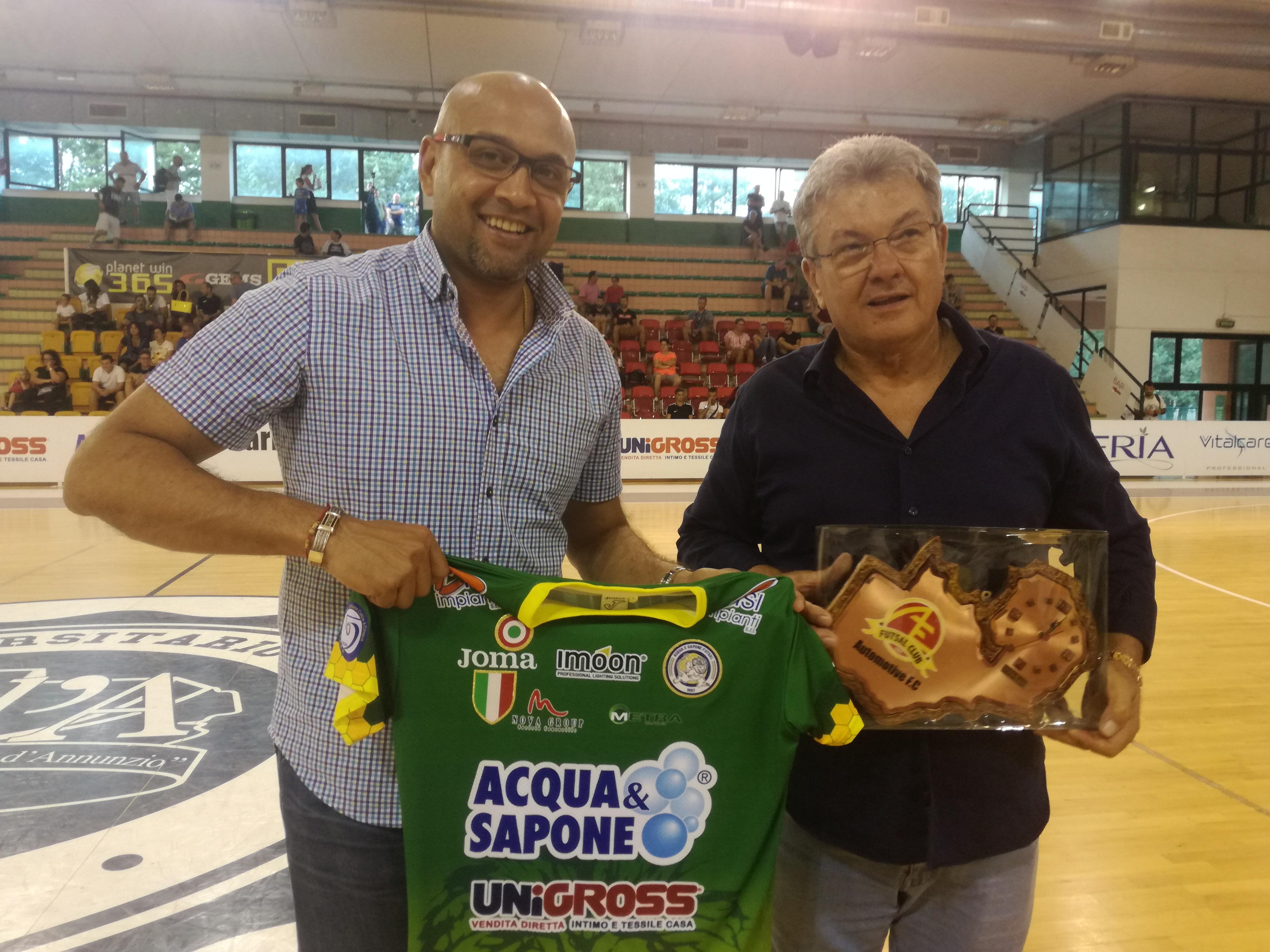 Calcio a 5.Acqua&Sapone Unigross: gol e solidarietà contro l'Automotive Futsal Academy