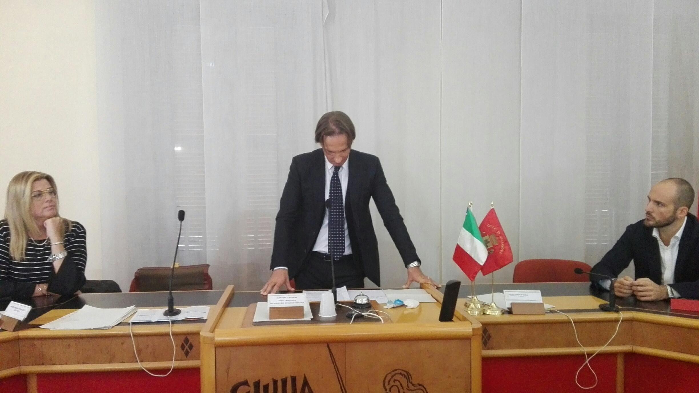 Giulianova. Il Sindaco Francesco Mastromauro si è dimesso. Correrà per le elezioni regionali