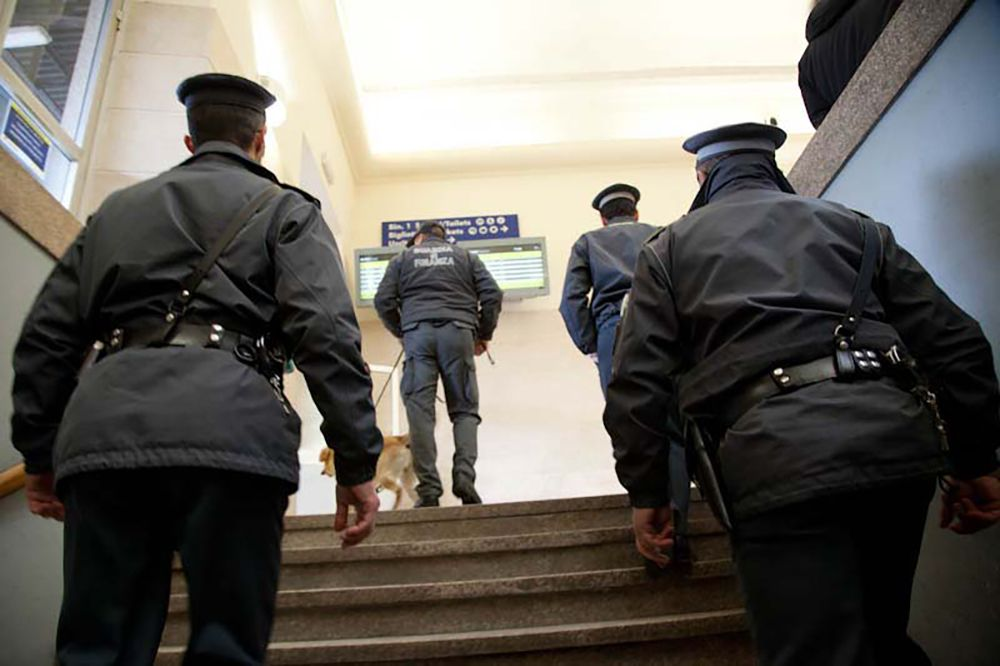 6e394347c3 Appalti in cambio di mazzette: la Guardia di Finanza arresta funzionario  dell'Unione Montana