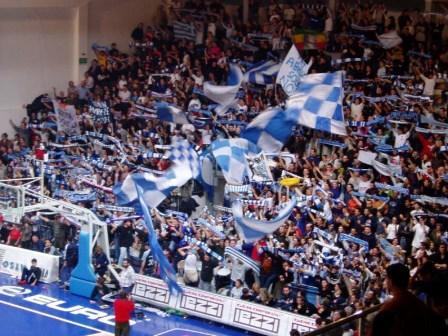 Roseto Basket. Gli Sharks dominano per tre quarti,  poi cede (93-91) al Piacenza