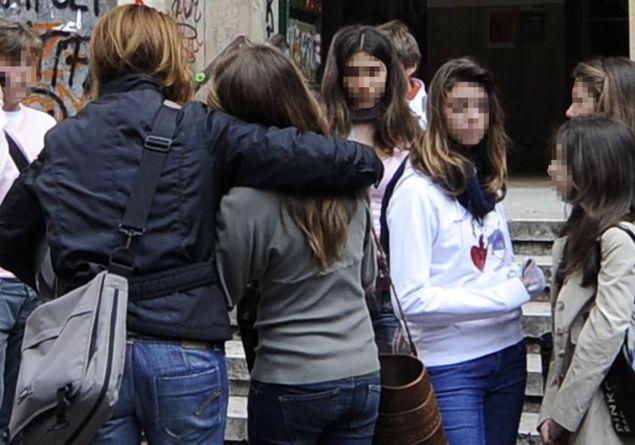Atri. Studente liceale tenta il suicidio dopo l incontro