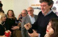AGGIORNAMENTI  Abruzzo Regionali: Marco Marsilio è il nuovo Governatore con il 48,03%. Secondo Legnini con 31,28% e terzo Marcozzi con il 20,20%. Affluenza in calo(53,12%)