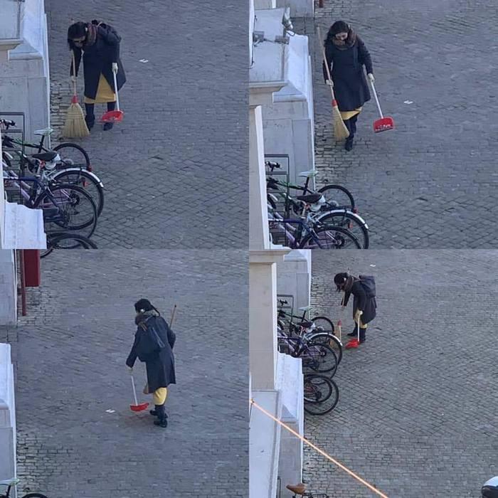 Alto senso civico: raccoglie in piazza carta e resti di sigarette. Il Sindaco la cerca via Facebook