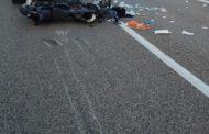 Schianto sulla Ascoli-Mare: muore motociclista di Mosciano Sant'Angelo. Grave la moglie