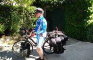 Ciclista solitario trovato morto nel container lungo SS16: è il campione francese degli anni 50 Robert Van Der Herde