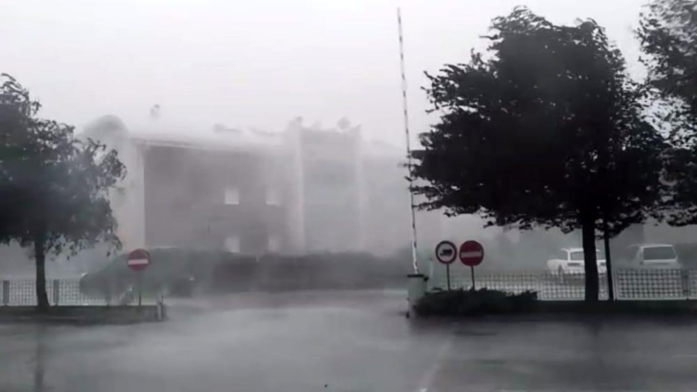 Marche. Allerta meteo giallo della Protezione Civile: domenica temporali e vento fino a 100 all'ora